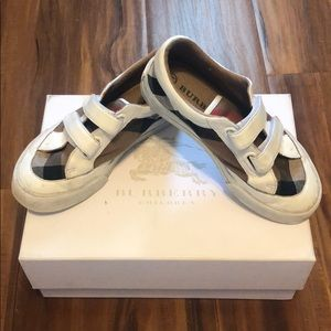 Boys Burberry Plaid tennis shoes white leather